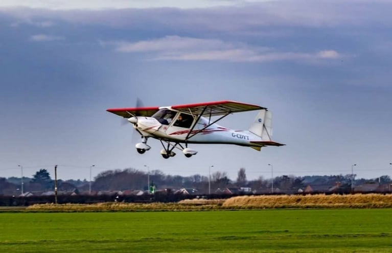 microlight-flight-experience-in-liverpool.jpg