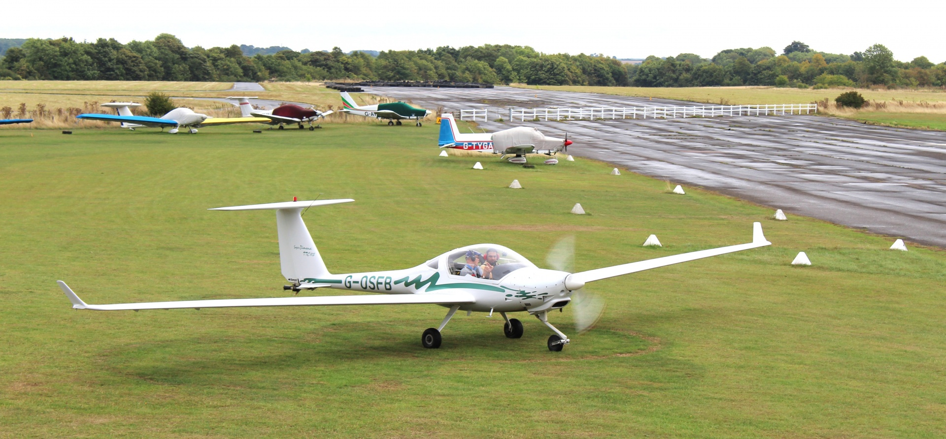 30 Minute Motor Glider Trial Flight In Oxfordshire