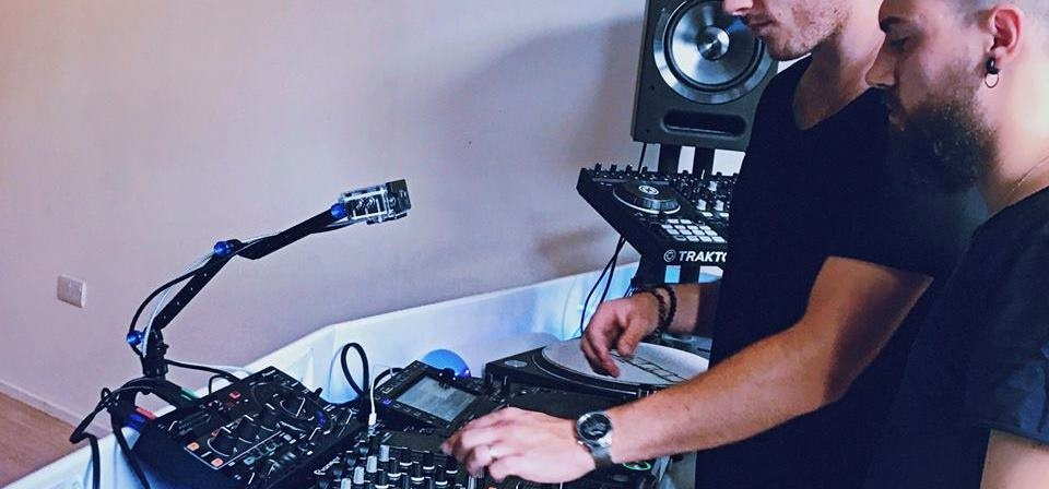 Private DJ or Music Production Experience - London-3
