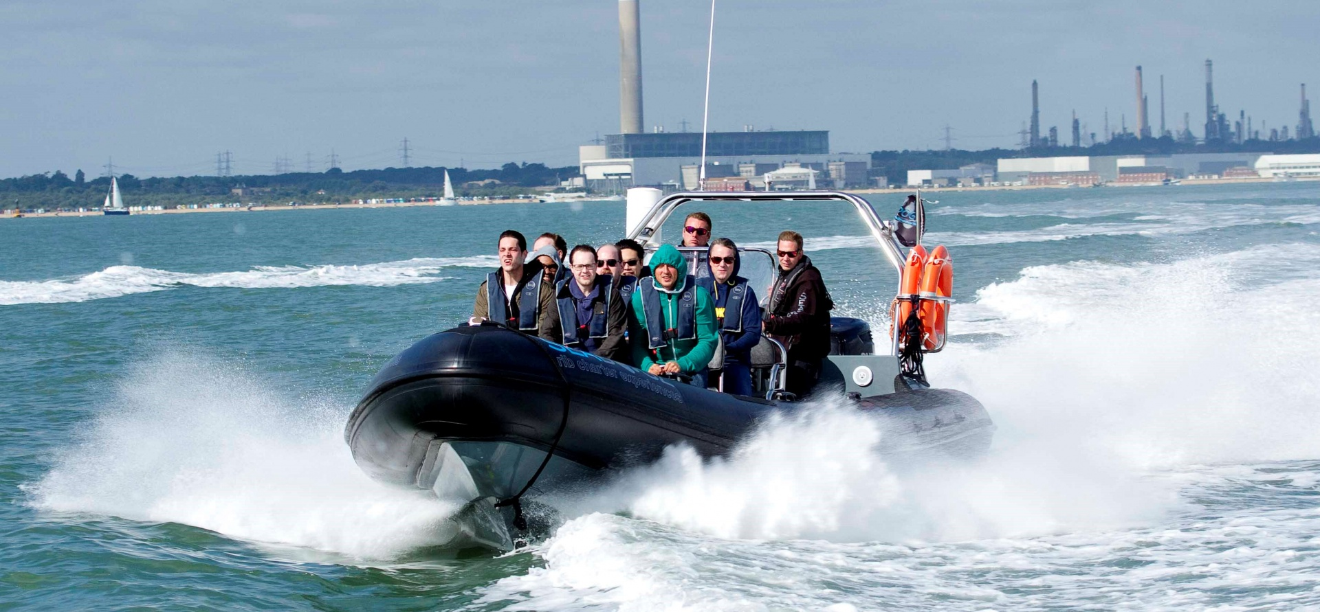 60 Minute Solent Powerboat Experience-4