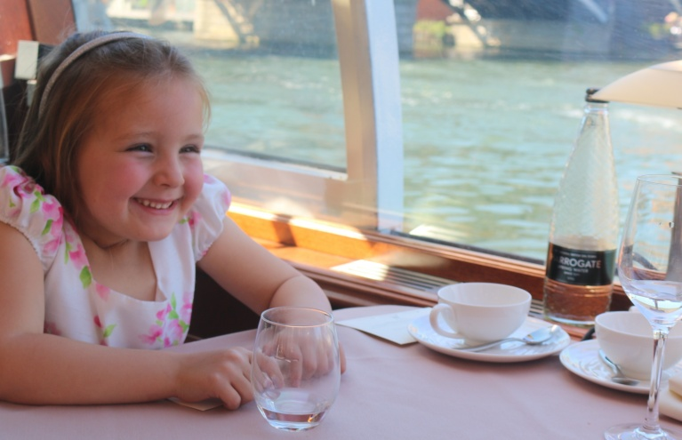 river-afternoon-tea-cruise-London-Child.jpg