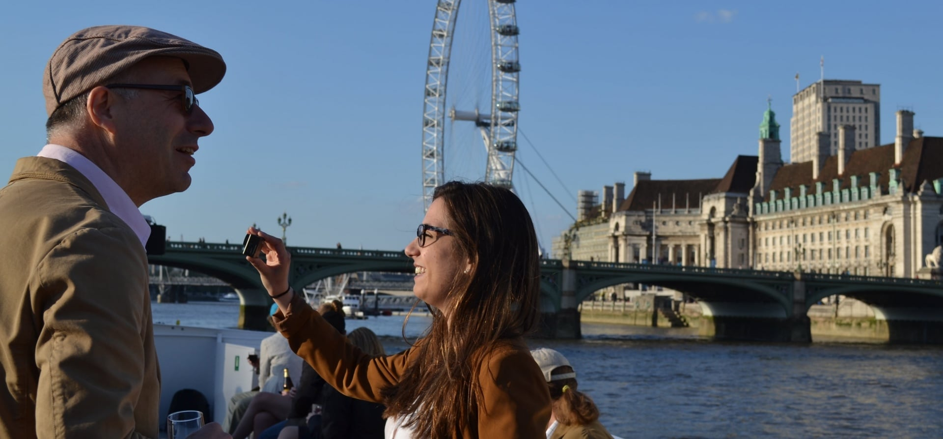 Sundowner Cruise on the Thames for Two-5