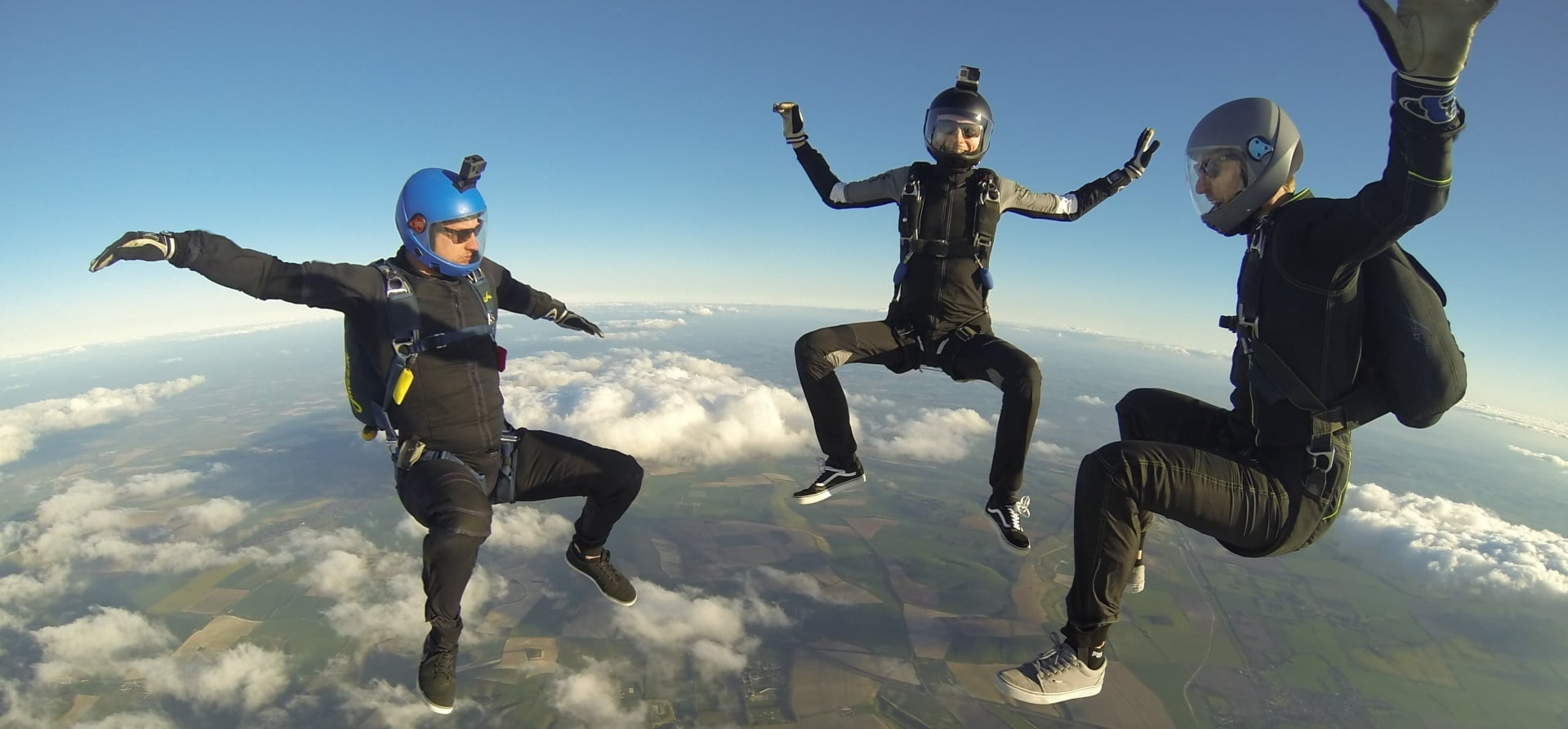Skydiving Course UK - AFF Level 1-4