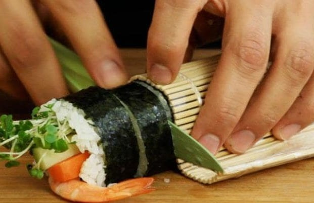 sushi-making-lesson-london.jpg