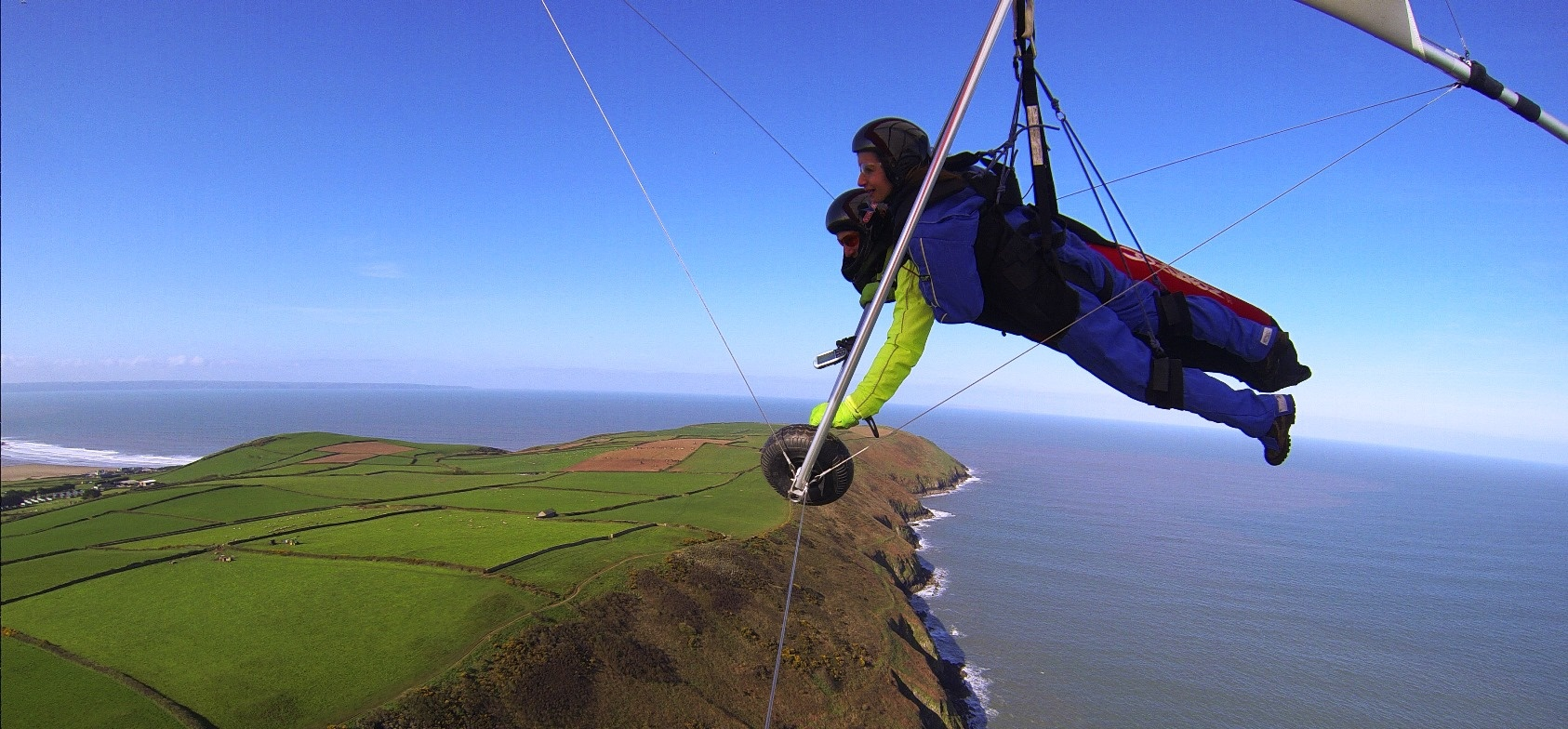 Hang Gliding Experience in Devon-5