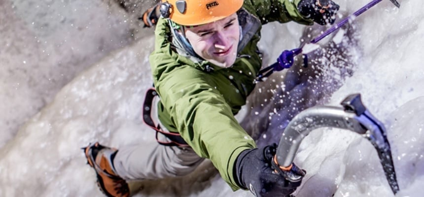 Indoor Ice Climbing Experience in London-1