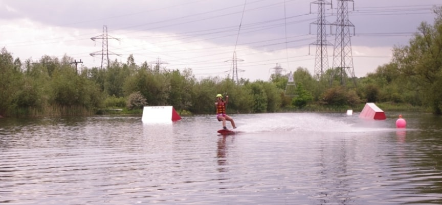 Wakeboarding Party Northamptonshire - Lesson for 8-3